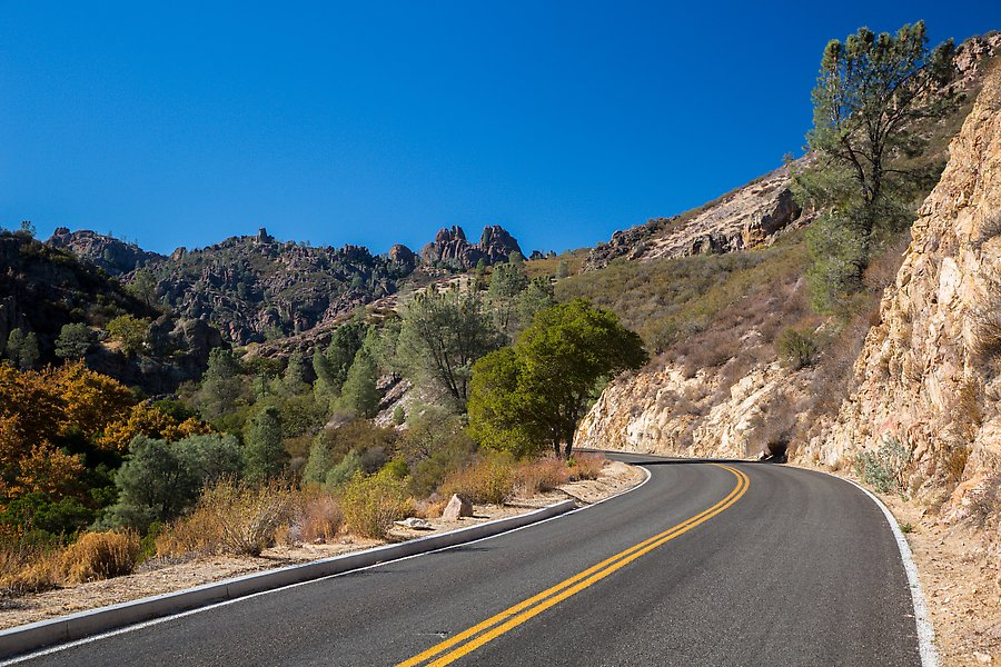Bear Gulch road. Pinnacles National Park.  ()