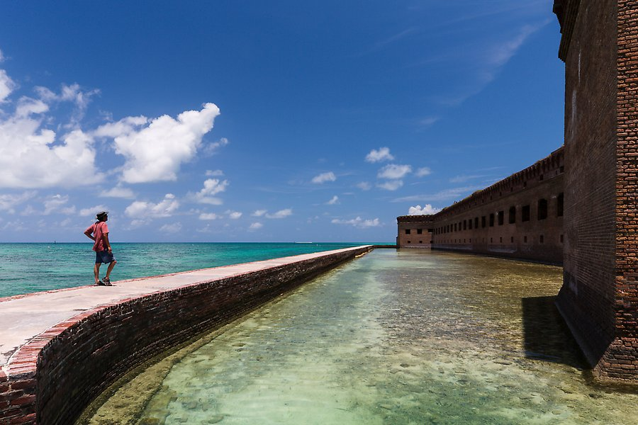 Fort Jefferson moat and seawall. Dry Tortugas National Park.  ()