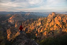Balconies and Square Block at sunset. Pinnacles National Park.  ( )