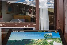 Interpretive sign and Alpine Visitor Center. Rocky Mountain National Park.  ( )